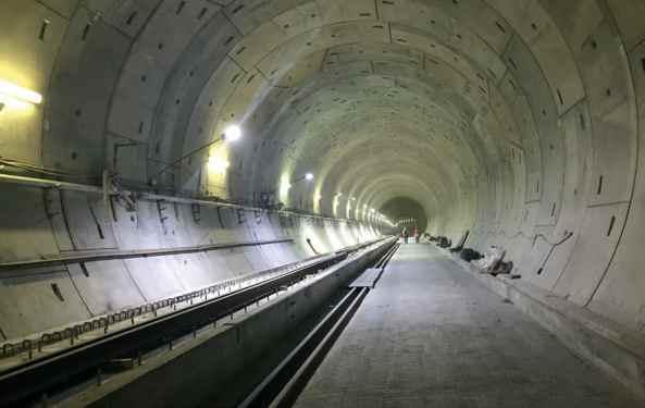 Tunel připraven k instalaci